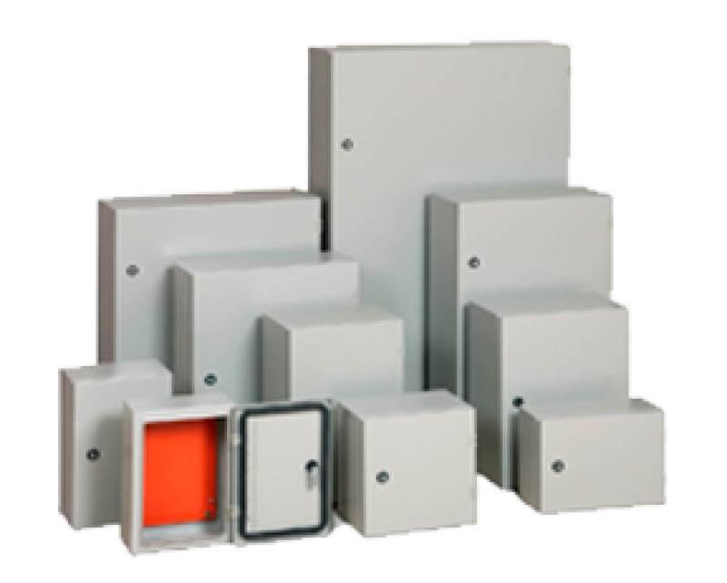 Quadros e caixas elétricas